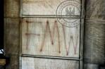 8 - Napis na dawnym budynku PZPR w Kielcach pochodzi z 1990. z okresu okupacji FMW i NZS, przetrwał do dnia dzisiejszego.
