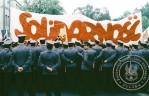 1 - Gdańsk - Wrzeszcz kordon MO, Pertraktuje z milicją Marek Rożak