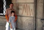 7 - Napis na dawnym budynku PZPR w Kielcach pochodzi z 1990. z okresu okupacji FMW i NZS, przetrwał do dnia dzisiejszego. Na focie Mirosław Gębski.