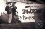 """2 - Przed hatą Hrynia Zbyszek Bielawski, """"Wiszowata"""", Joanna Rybicka (wówczas Łowicka), Alina Mielewczyk (wówczas Kaczyńska), kuca Jarek Rybicki"""